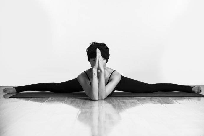 Many yoga poses are not good, because these simple poses are not done well