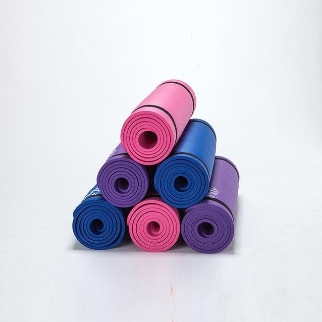 Manufacturer Anti Tear Natural Rubber Eco Friendly NBR Yoga Mat