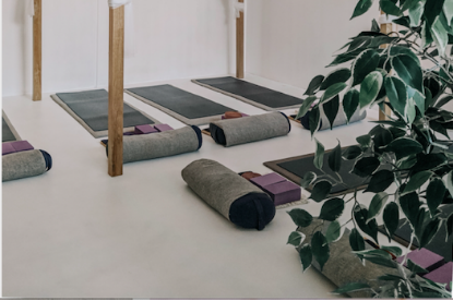 how to clean yoga mat?- Sanfan